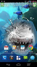 angry shark pet cracks screen